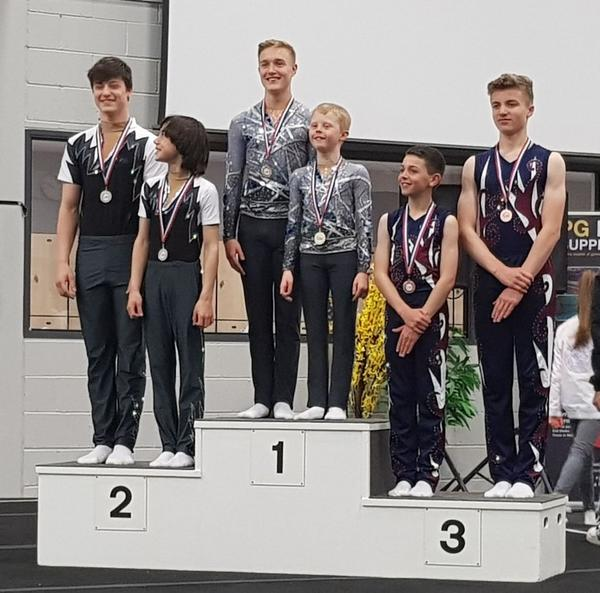 podium duos masculins 11-16 ans